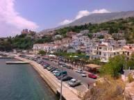 Ο Άγιος Κήρυκος, πρωτεύουσα και ένα από τα λιμάνια του νησιού.